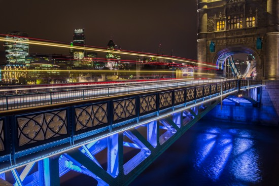 Creating light trails